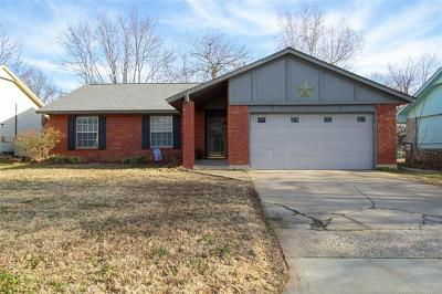 Tulsa Single Family Home For Sale: 2988 W 65th Street