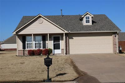 Broken Arrow Single Family Home For Sale: 8950 S 261st East Avenue