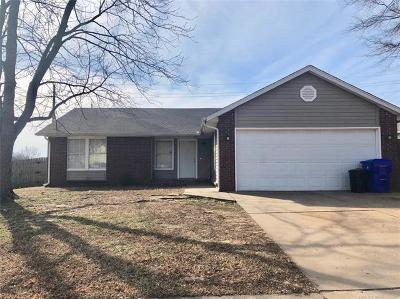Broken Arrow Single Family Home For Sale: 1201 W Huntsville Street
