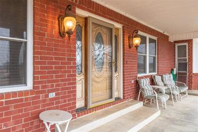 Henryetta Single Family Home For Sale: 26454 Bartlett Road