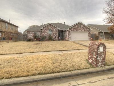 Owasso Single Family Home For Sale: 7614 N 127th East Avenue