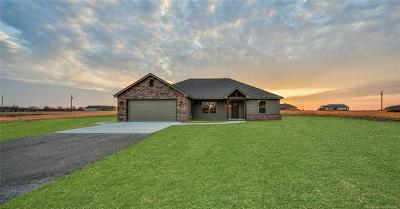 Claremore Single Family Home For Sale: 19185 S Deer Trail Road
