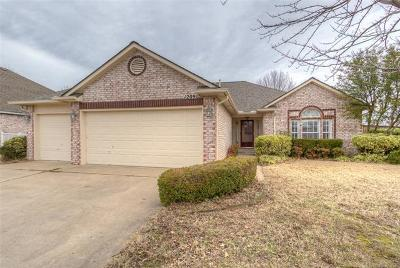 Broken Arrow Single Family Home For Sale: 1209 S 35th Street