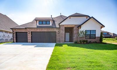 Tulsa Single Family Home For Sale: 8714 S Olympia Avenue W