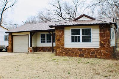 Tulsa Single Family Home For Sale: 19535 E 4th Street
