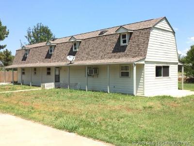 Stigler Single Family Home For Sale: 103 W Bk 123 Road