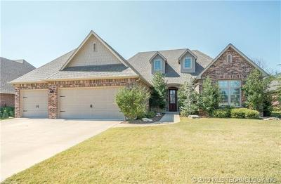 Owasso Single Family Home For Sale: 9306 N 93rd East Avenue