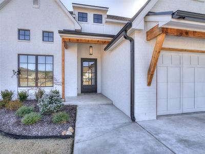 Tulsa Single Family Home For Sale: 5424 E 122nd Street S