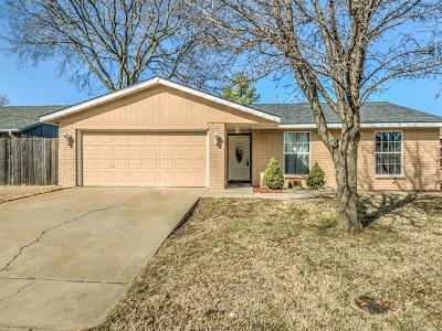Bartlesville Single Family Home For Sale: 705 Brentwood Road