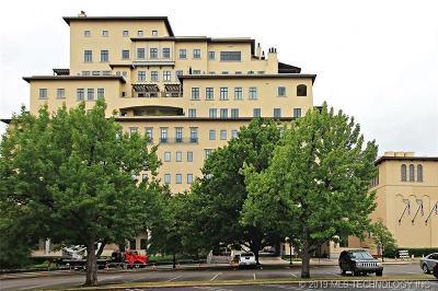 Tulsa Condo/Townhouse For Sale: 2100 S Utica Avenue #10