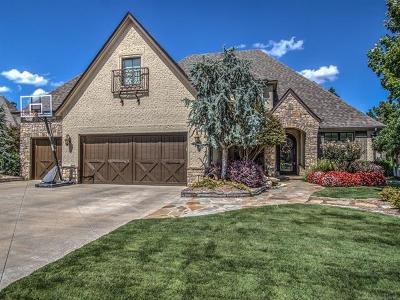 Tulsa Single Family Home For Sale: 633 W 78th Place