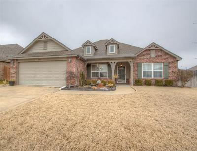 Bixby Single Family Home For Sale: 2013 E 133rd Place S