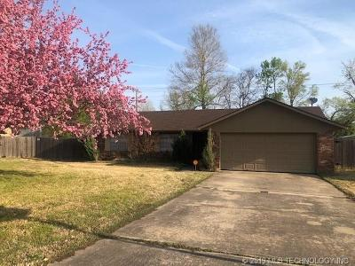Muskogee Single Family Home For Sale: 2718 Fredonia Street
