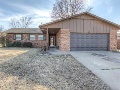 Mannford Single Family Home For Sale: 127 Meadowview Street
