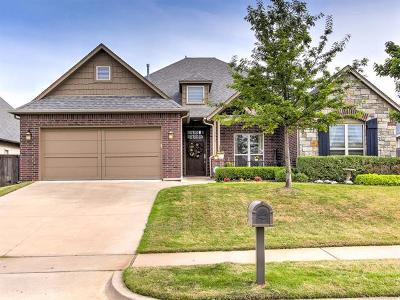 Broken Arrow Single Family Home For Sale: 3318 W Knoxville Place