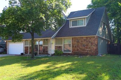 Tulsa Single Family Home For Sale: 1901 W 65th Street