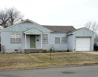 Bartlesville Single Family Home For Sale: 1429 S Rogers Avenue