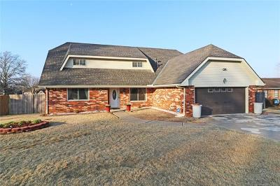 Bartlesville Single Family Home For Sale: 4719 Rolling Hills Drive