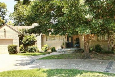 Tulsa Single Family Home For Sale: 1723 E 31st Street