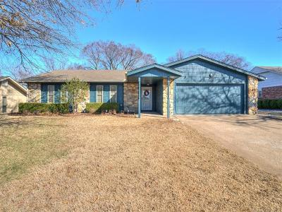 Bartlesville Single Family Home For Sale: 916 Lariat Drive