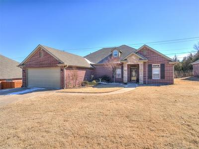 Bartlesville Single Family Home For Sale: 4409 Fairview Road