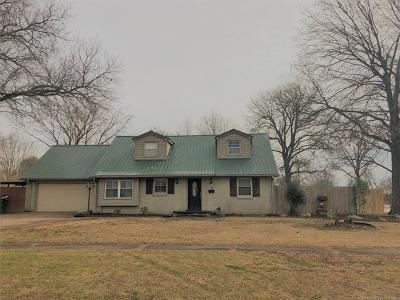 Muskogee Single Family Home For Sale: 320 Grandview Circle