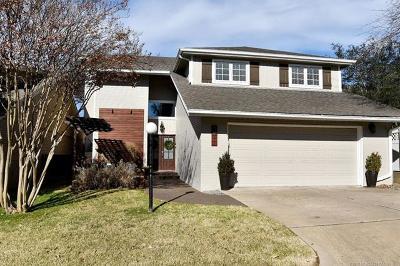 Tulsa Single Family Home For Sale: 3811 E 64th Place