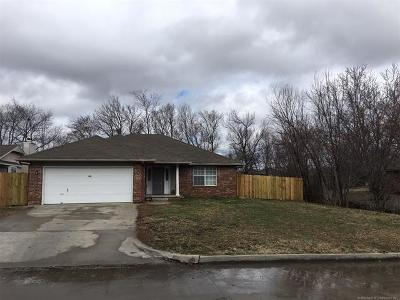 Claremore Single Family Home For Sale: 830 W 24th Street North N