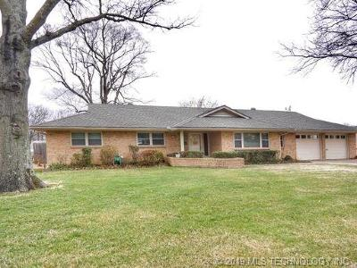 Bartlesville Single Family Home For Sale: 1341 Lariat Drive