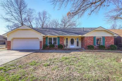 Broken Arrow OK Single Family Home For Sale: $162,500