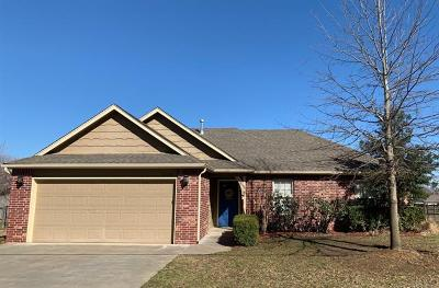 Collinsville Single Family Home For Sale: 13695 N 111th East Avenue