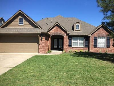 Tulsa Single Family Home For Sale: 4725 S 176th East Place