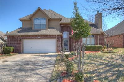 Broken Arrow, Jenks, Tulsa Single Family Home For Sale: 2411 S Redwood Place