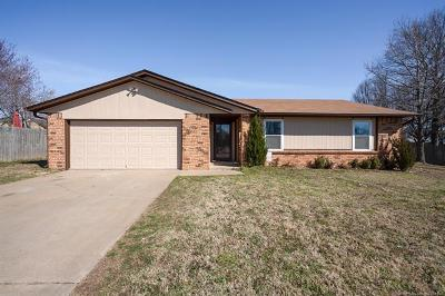 Broken Arrow Single Family Home For Sale: 1104 W Gulfport Place