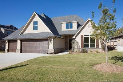 Jenks Single Family Home For Sale: 12814 S Birch Street