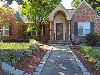 Tulsa Single Family Home For Sale: 2404 E 22nd Place