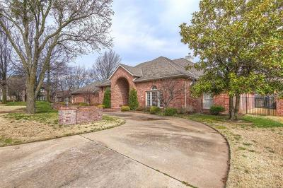 Tulsa Single Family Home For Sale: 5709 E 104th Place