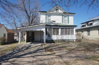 Henryetta Single Family Home For Sale: 508 W Division Street