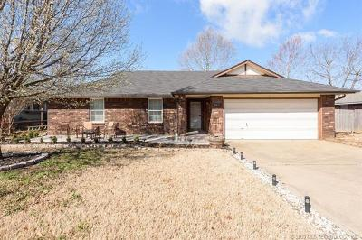 Owasso Single Family Home For Sale: 9910 N 107th East Avenue