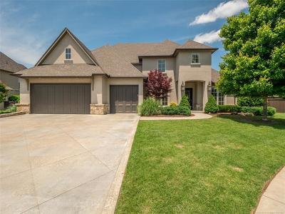 Tulsa Single Family Home For Sale: 9455 E 106th Street S