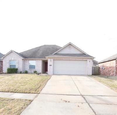 Broken Arrow Single Family Home For Sale: 21202 E 39th Street S