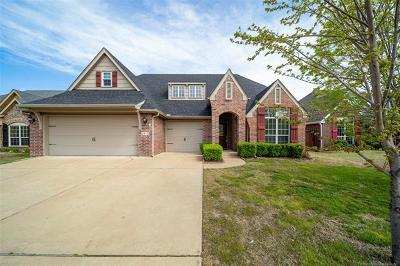 Jenks Single Family Home For Sale: 2415 W 119th Street S