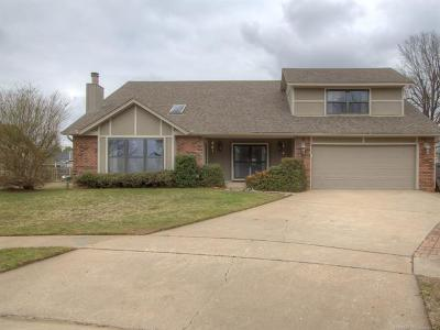 Owasso Single Family Home For Sale: 11005 E 97th Place N