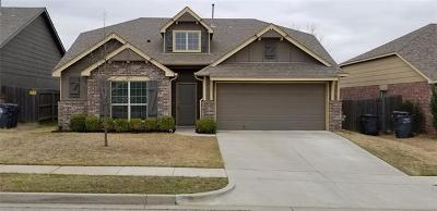 Jenks Single Family Home For Sale: 3909 W 104th Place