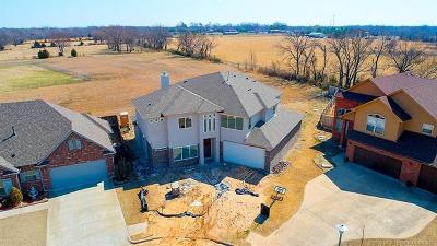 Jenks Single Family Home For Sale: 12249 Glen Court S