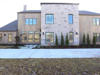 Tulsa County Single Family Home For Sale: 2826 E 26th Street
