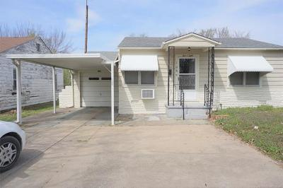 Henryetta Single Family Home For Sale: 108 E Dixie Street