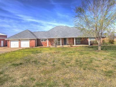 Collinsville Single Family Home For Sale: 14504 N 152nd East Avenue