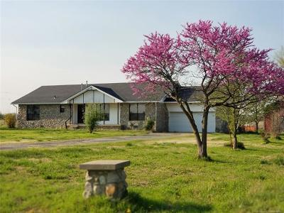 Collinsville Single Family Home For Sale: 401680 W 4000 Road