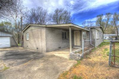 Collinsville Single Family Home For Sale: 12154 N 152nd East Avenue